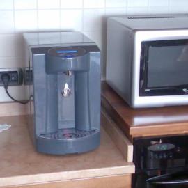 Erogatore e gasatore d'acqua
